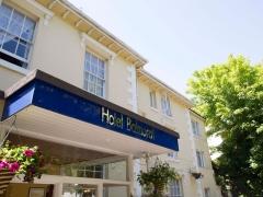 The-Hotel-Balmoral-Entrance-