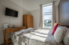 Cosy Sea View Room